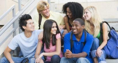 5 Tips Komunikasi Lancar di Luar Negeri!