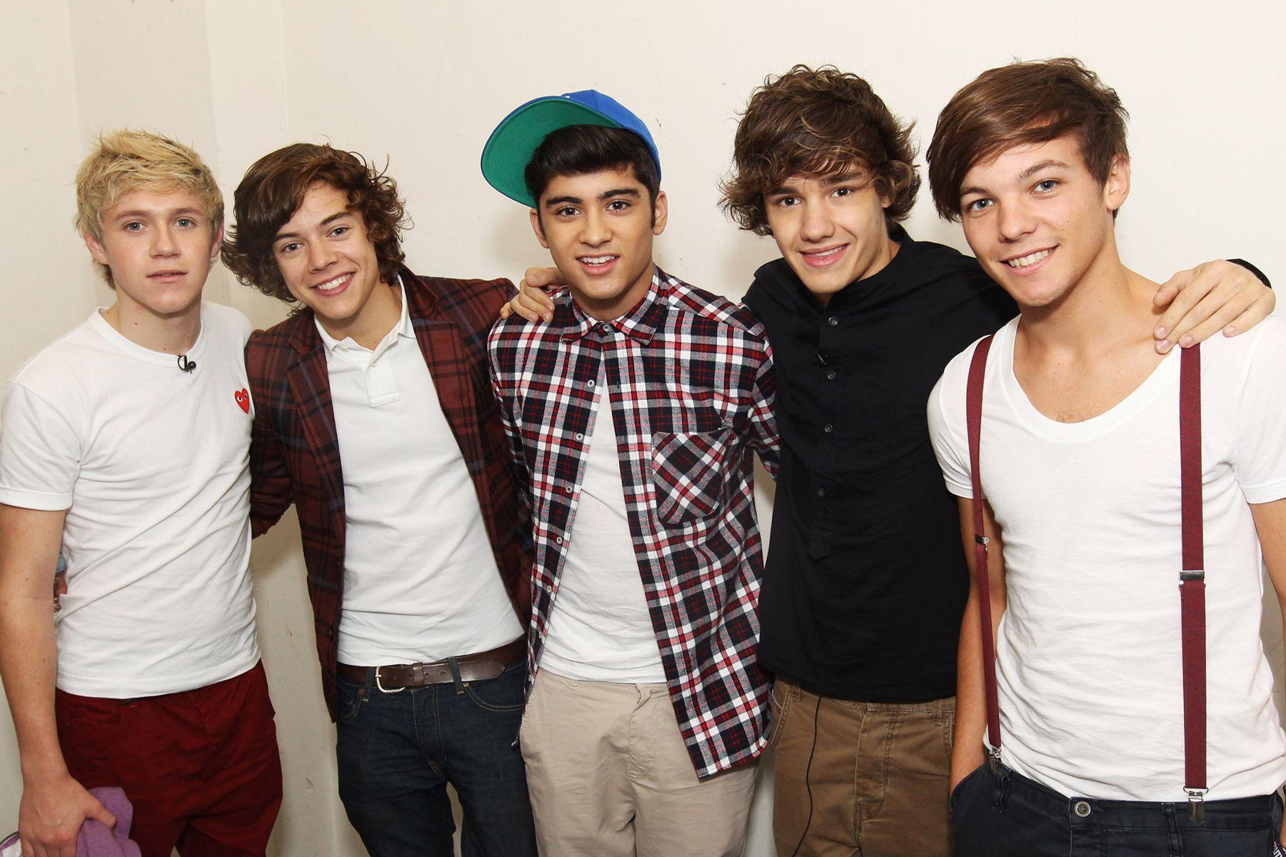 One Direction - Boyband Nomor 1 di Hati Penggemarnya