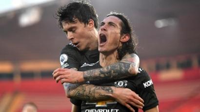 Brace Cavani Bawa United Comeback Lawan Southampton
