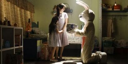 Kelinci Oh Kelinci, Ada Apa dengan Kelinci di Film Horor-Thriller?