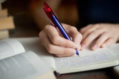 Menulis sebagai Kekuatan Kehendak, Mood Diciptakan Bukan Ditunggu Datang