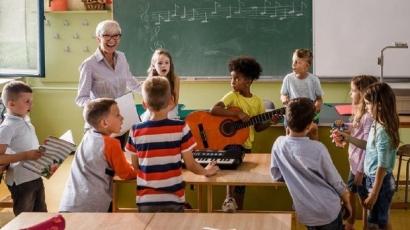 Ajarkan Lagu kepada Anak-anak untuk Membentuk Karakternya