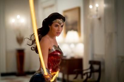 """""""Wonder Woman 1984"""", Salah Satu yang Tidak Imun Pandemi Covid-19"""
