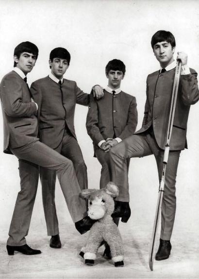 Semiotika Burung Hitam Milik Legenda Musik Dunia, The Beatles
