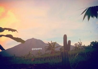 Artikel Sri Patmi: Dangiang Galuh Pakuan Gunung Salak