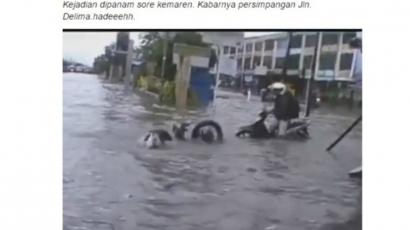 Awas Banjir 2021, Waspada Jalanan Berlubang