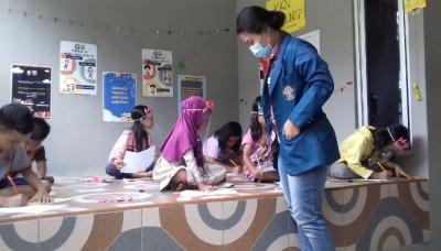 """""""RUANG KREATIF"""", Wadah Edukasi Sekaligus Hiburan Cegah Covid-19 untuk Anak-anak Desa Jatijajar"""