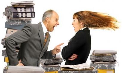 Betapa Sulitnya Memahami Pemikiran Atasan yang Suka Marahin Karyawannya di Muka Umum