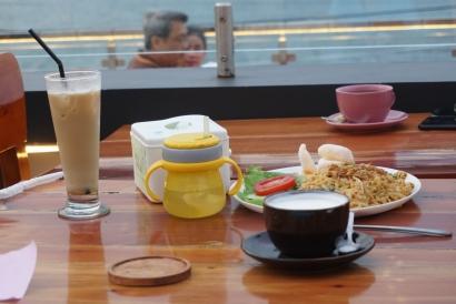 Tepi Danau Bistro, Geliat Bisnis Kuliner di Kawasan Danau Toba