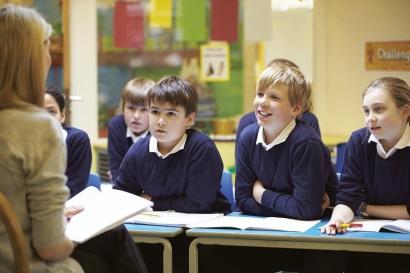 5 Kiat Membangun Komunikasi Efektif antara Guru dengan Siswa