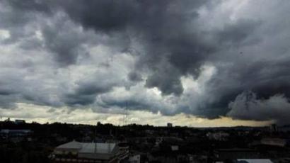 Ketika Mendung Menjanjikan Hujan