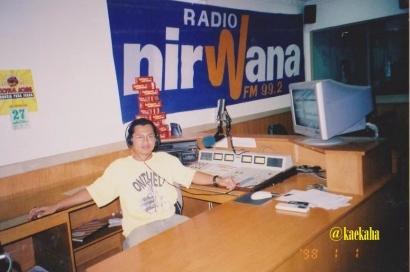 Penyiar Radio, di Antara Hobi Menghibur dan Tuntutan Profesionalitas