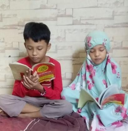 Belajar dari Tetangga yang Baik, Cara Mendidik Anak Beribadah di Bulan Ramadan