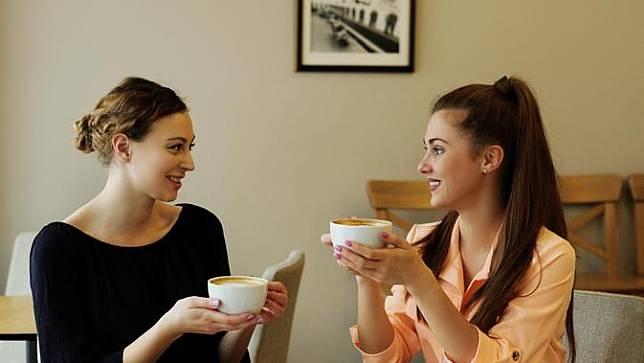 Solusi Mengatasi Ghibah yang Wajib Dipahami Kaum Perempuan