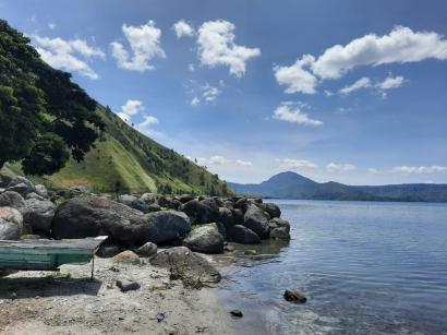 Menikmati Indahnya Danau Toba di Desa Silalahi, Kabupaten Dairi