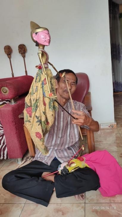 Ki Bonggol Maestro Wayang Cepak dari Brebes