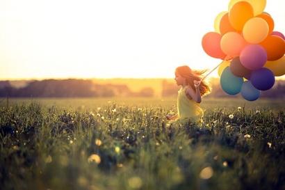 Biarkan Ku Bahagia dengan Puisiku