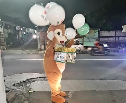 """Badut Penjual Balon Seikhlasnya"" Mungkinkah Muncul Akibat Gelombang PHK Covid-19?"