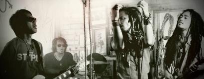 Ipang, Didit Saad, Band Plastik, dan Pearl Jam