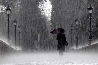 Benar Katamu, Tentang Hujan Bulan Juni