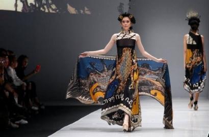 Menakar Peluang Batik Indonesia sebagai Fesyen Dunia 2030