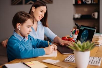4 Strategi Pendampingan Belajar Anak Saat Pembelajaran Jarak Jauh
