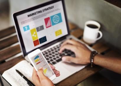 Strategi Pemasaran Menggunakan Media Sosial