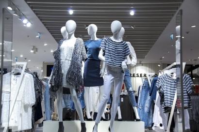 """""""Circular Fashion"""", Konsep dalam Dunia Fesyen yang Ramah Lingkungan namun Penuh Tantangan"""