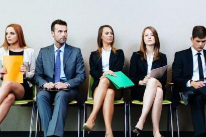 Jangan Sepelekan Tata Rias dan Busana dalam Interview Kerja
