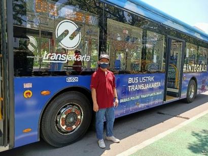 Menggunakan Bus Listrik, Langkah Kecil Mewujudkan Net-Zero Emissions 2060