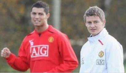 Dua Pilihan Manchester United: Solskjaer atau Ronaldo