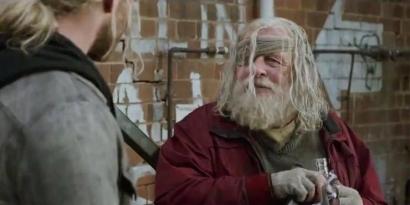 """Ternyata Ini Alasan Momen Penting """"Thor: Ragnarok"""" Berbeda antara Trailer dan Film"""