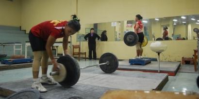 Angkat Besi, Cabang Andalan Asian Games Tapi Minim Dukungan Pemerintah