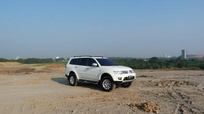 Test Drive Pajero Sport Dakar 4×2