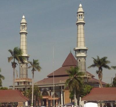 Mendadak Haji 19: Kotak Amal Untuk Wabup Jombang dan Pejabat!