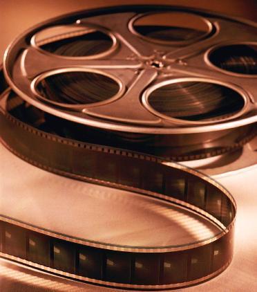 Paranoid Ditariknya Film asing