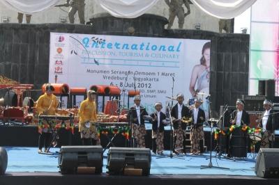 Dellvi's Percussion Juara II Lomba Perkusi Festival Malioboro