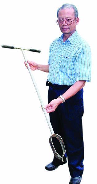 Pak Kamir Sang Penemu Teknik Biopri