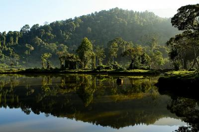 Lamunan di Situ Gunung, 22 April 2011