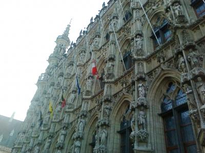 Duka Menyelimuti Belgia