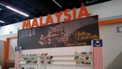 Malaysia Pamerkan Penari Dayak ?