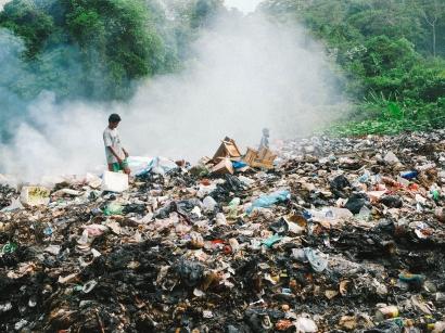 Kenapa Membakar Sampah Berbahaya?