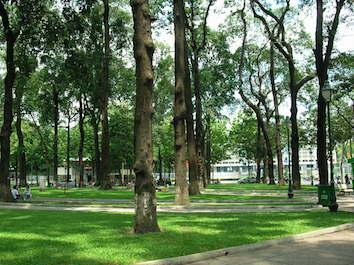 Melancong ke Ho Chi Minh City