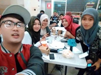 Sahabat (Selfie Moment Competition)