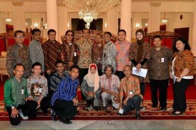 Pak Jokowi, Undang juga dong