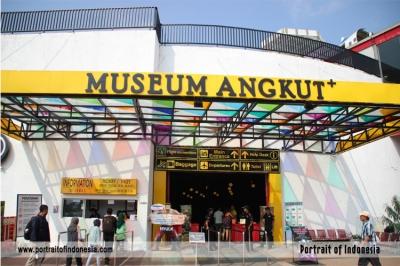 Museum Angkut: Keliling Dunia dalam 1 hari